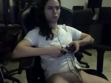 [19-11-20] dickgurrl show with cum