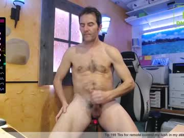 [04-03-21] nakedluke chaturbate blowjob video