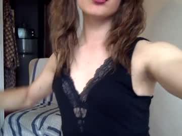 curly_linda
