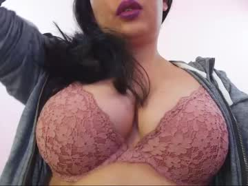 [26-09-20] hot_lionesss public show from Chaturbate