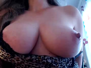 [11-09-20] liliiqueeen video with dildo from Chaturbate