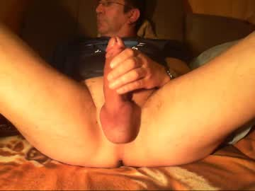 [06-01-20] le_on webcam video from Chaturbate