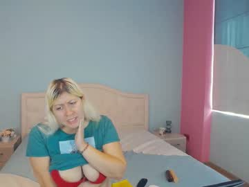 [13-09-20] blondiebb25 record public show from Chaturbate
