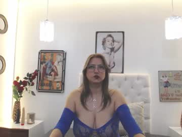 [10-09-20] tiffany_bluberry cam show from Chaturbate