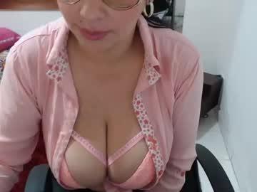 miaboobs27
