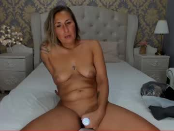 [16-08-20] hottlissi video from Chaturbate