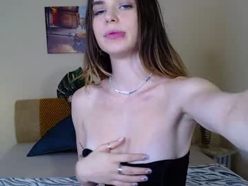 [13-09-21] heyliss public show from Chaturbate