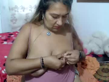 [24-11-20] meganyy090 private sex video from Chaturbate.com