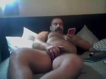 [02-01-20] themuscleb0ss show with toys from Chaturbate