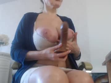 [09-05-20] squirtmilfpussy video