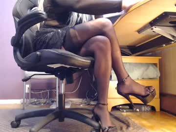 [25-11-20] smuggler1988 public webcam video from Chaturbate