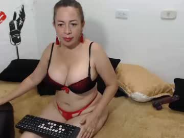 [18-01-20] penelopefox record show with toys from Chaturbate