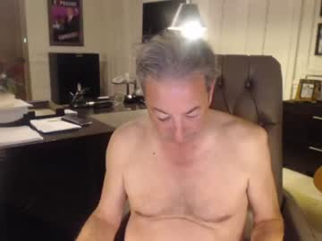 [02-03-21] barrylight public show from Chaturbate