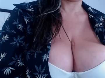 [29-07-20] amber_brown_ blowjob video from Chaturbate