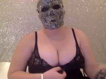 [30-11-20] yourchubbybisexqueen record video with dildo from Chaturbate.com