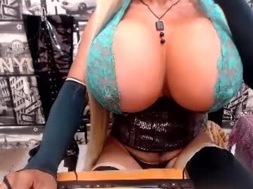 [28-09-20] biggerdickts public webcam from Chaturbate