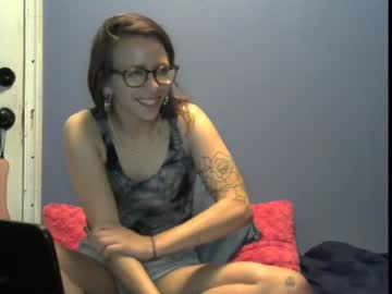 [27-08-20] bambielynn record video with toys from Chaturbate.com