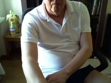 [28-04-20] kuvshii record video with dildo