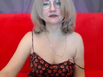 [08-01-21] blondwoman public show video from Chaturbate