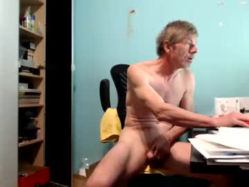[05-03-21] normuc public webcam video from Chaturbate