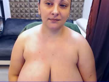 [15-04-20] rebelleantonya public show video from Chaturbate
