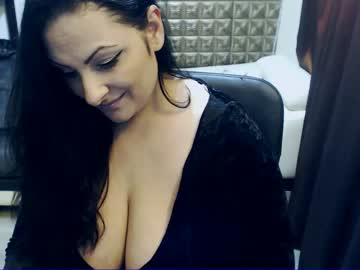 [14-01-20] rebelleantonya public webcam from Chaturbate