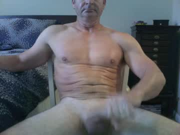 [31-08-20] yellehsmale513 public show from Chaturbate.com