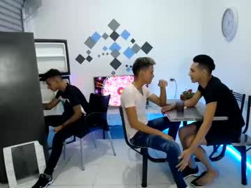 [26-12-20] thiago_hugecock3 private show from Chaturbate