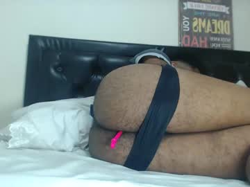 [20-02-20] _volcanoboy_ public show from Chaturbate.com