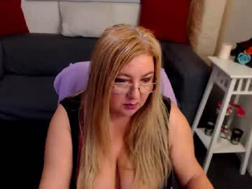[08-04-20] voluptuousleona show with cum from Chaturbate.com