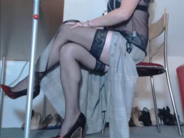 [29-11-20] leggy_yvonne video with dildo
