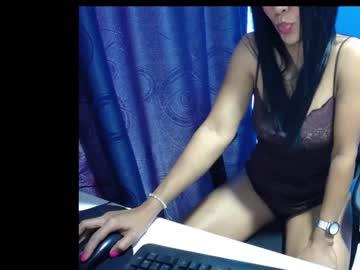 more_latina_64
