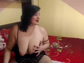 [27-01-20] carlas_dreams66 public show video from Chaturbate