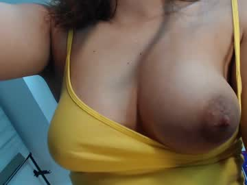 [23-01-20] miranda525 record video with toys from Chaturbate.com