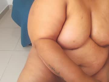 [23-11-20] ebonylucy_bbw1 show with toys from Chaturbate