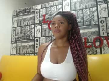 [04-02-20] kenia_mendez public show video from Chaturbate.com