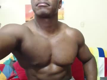 [18-01-21] blacksexylatinhot cam show from Chaturbate