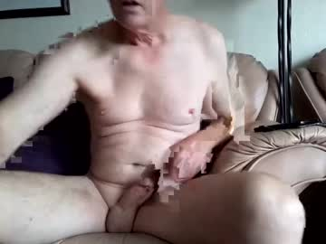 [15-08-20] keeenn record public webcam from Chaturbate.com
