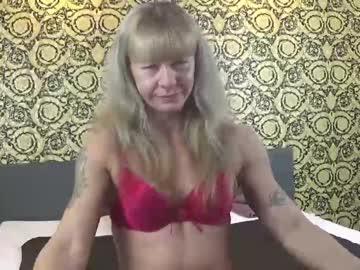 [19-11-20] fitnessmilf40 blowjob video