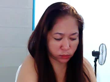 [02-06-20] sexy_hotlhenz69 record video with toys