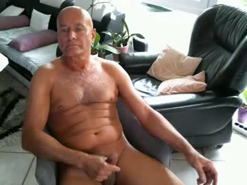 [24-09-20] 040958 blowjob show from Chaturbate.com
