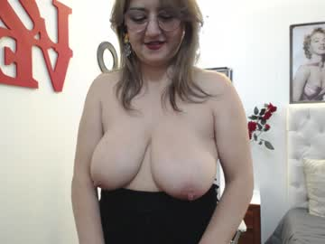 [17-09-20] tiffany_bluberry private sex video from Chaturbate