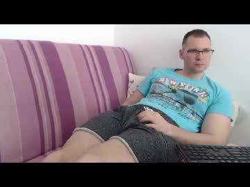 [11-04-20] alexanderr_69 public webcam video