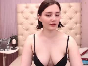 [03-06-21] holly_yumi nude