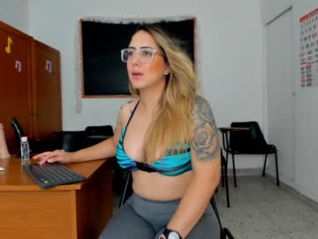 [02-01-20] aleja_cifuentes show with cum from Chaturbate.com