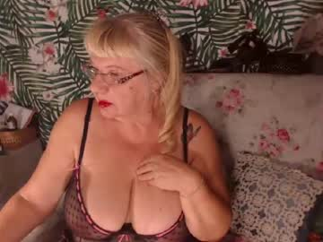 [10-09-20] hotsquirtylady cam video from Chaturbate